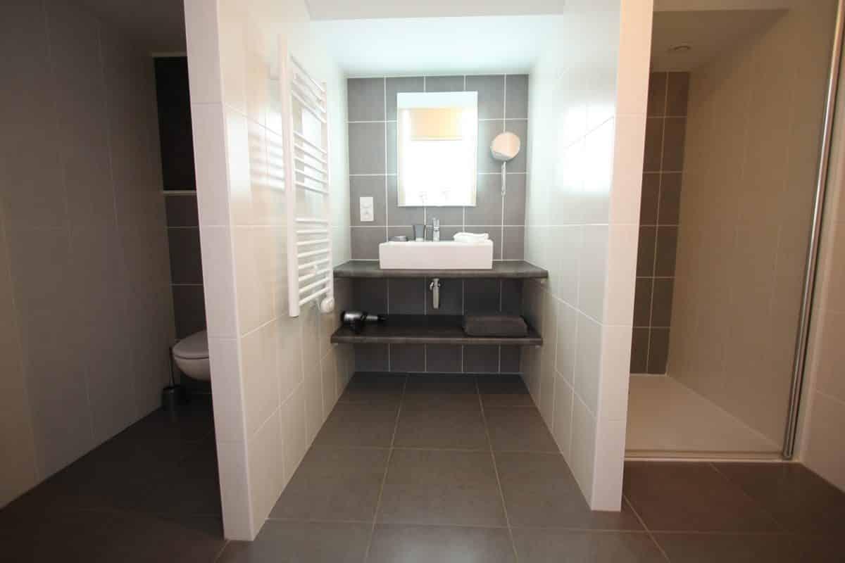 Suite de chambres d'hotes puy du fou salle d'eau privative
