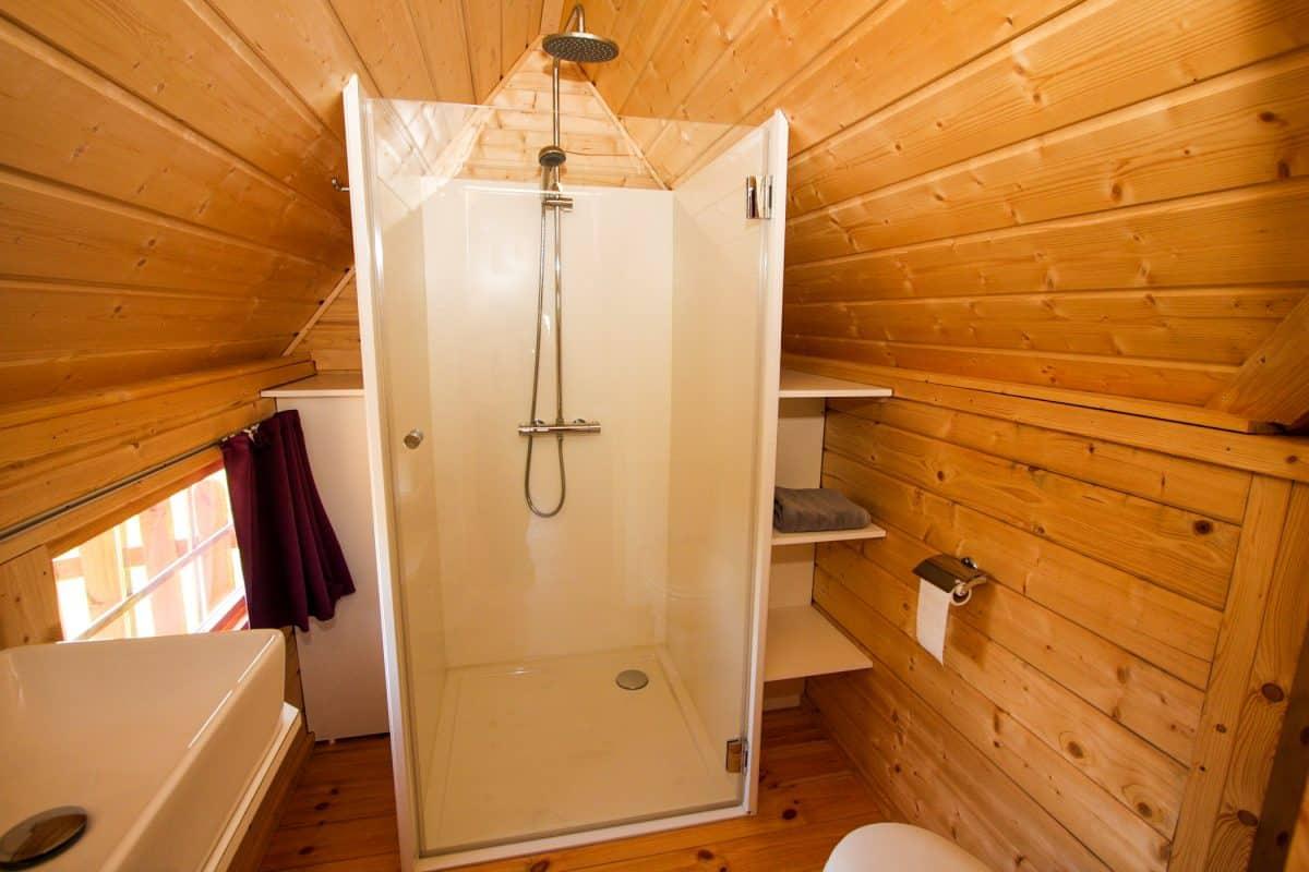 kota hébergement insolite avec salle d'eau et wc