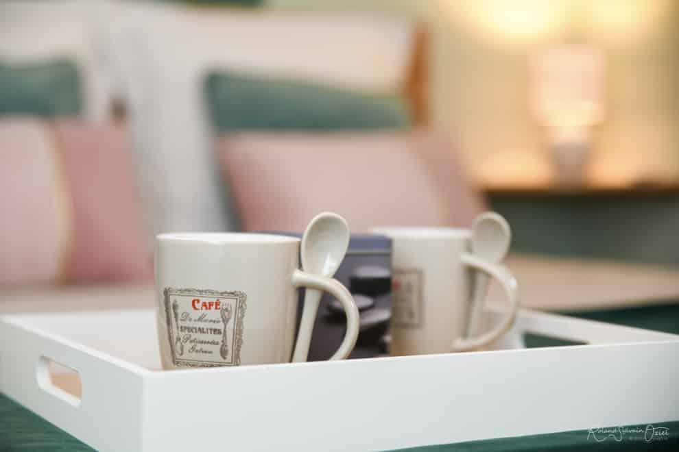 Prendre un petit café avant le spectacle du Puy du Fou