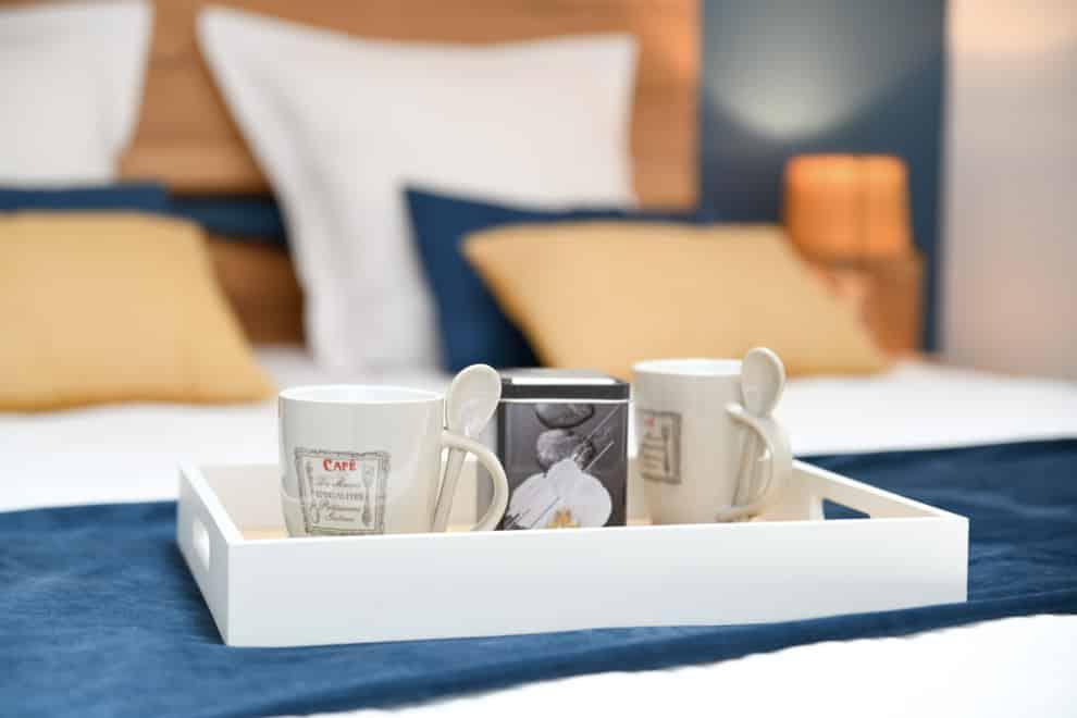Prendre un petit café dans sa chambre après le Puy du Fou