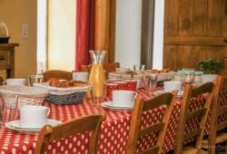 Chambres-dhotes-puy-du-fou-petit-dejeuner-DSC_3420