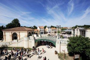 Le Bourg 1900 - Entre les spectacles du Puy du Fou et villages d'époque