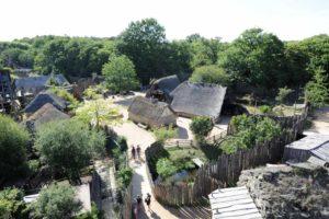 Le Fort de l'An Mil - Entre les spectacles du Puy du Fou et villages d'époque