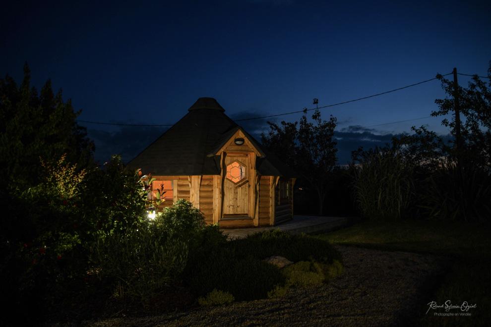 Hébergement insolite la nuit au Domaine de la Courillère