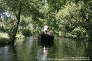 Balade en barque sur la Venise Verte du Marais Poittevin